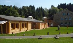 Le gîte de groupe l'Espace Rivoire peut accueillir jusqu'à 51 personnes.
