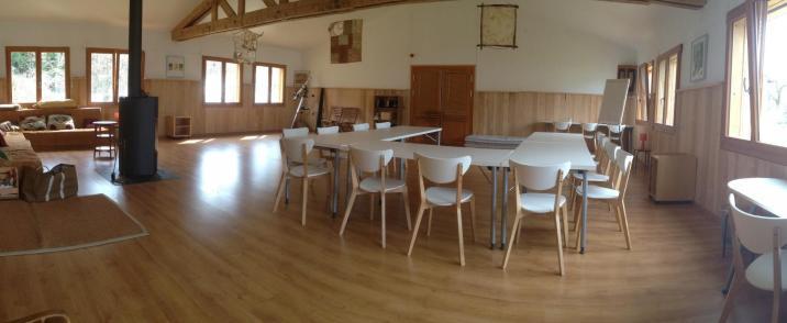 Salle d'activités Meyriat : séminaires, stages, yoga, biodanza,...