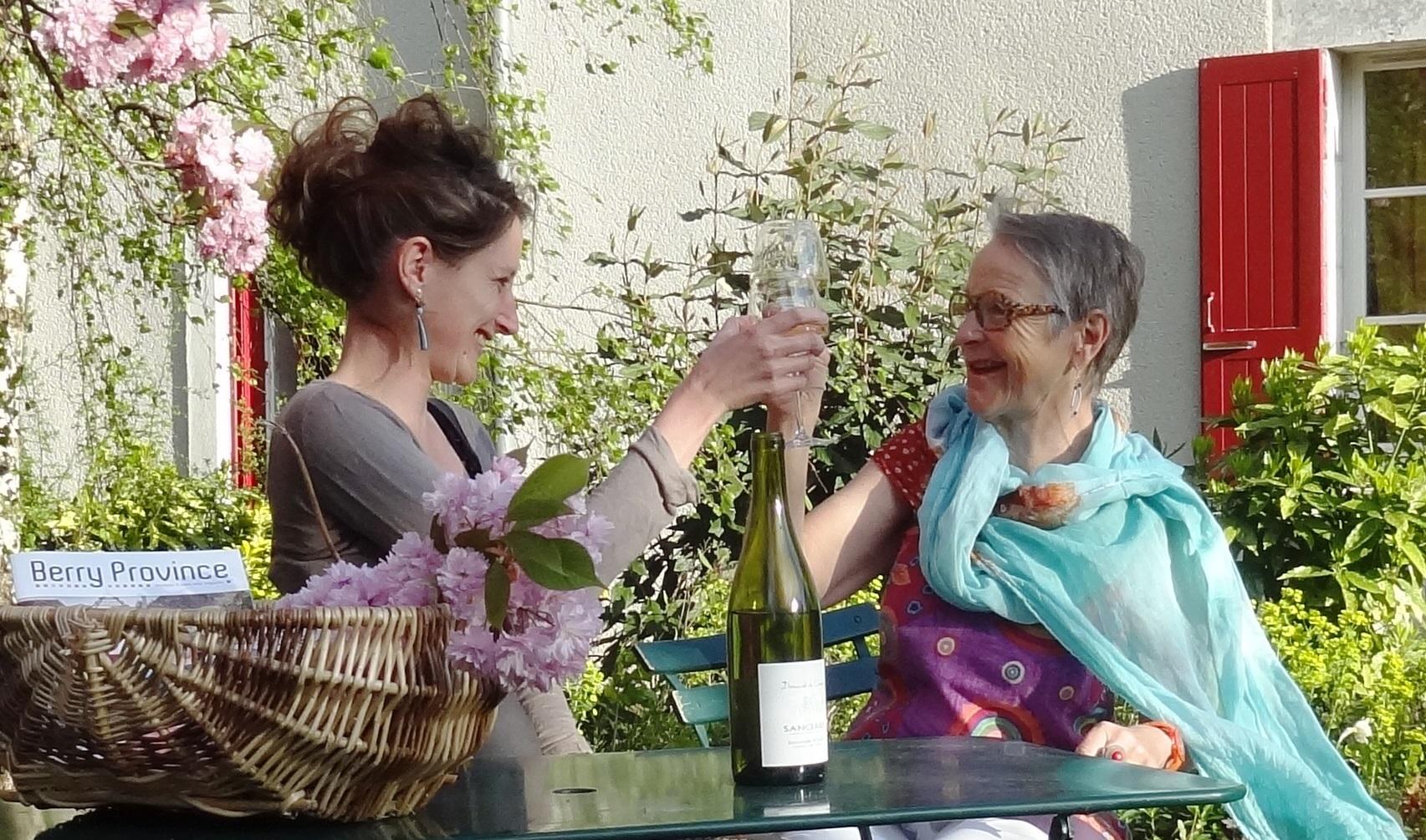 Charlotte (à gauche) et sa maman, Elisabeth