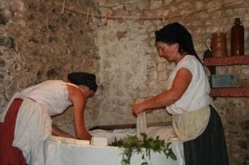 Démonstration sur les techniques de lessive d'autrefois