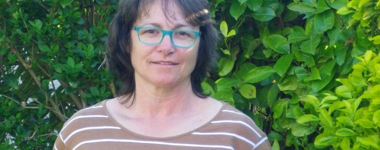 Fabienne est viticultrice et propriétaire d'une roulotte, un gîte insolite