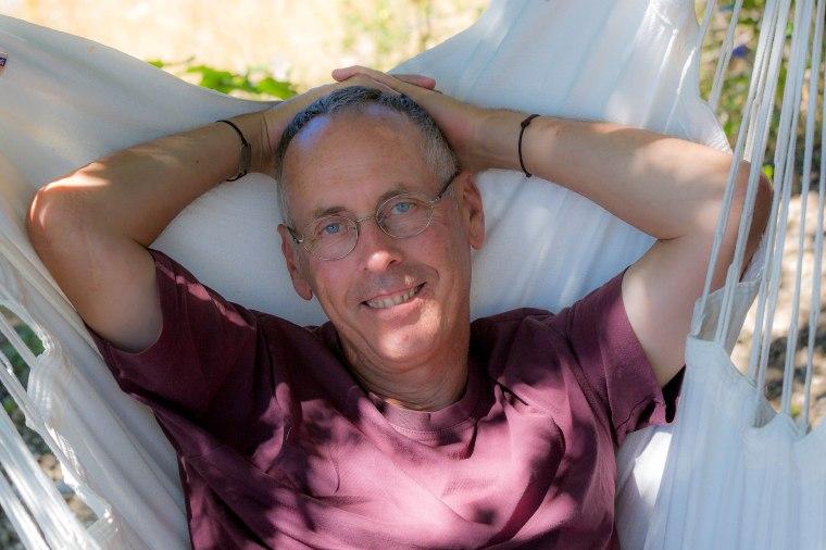 Bertrand, photographe professionnel et propriétaire d'un gîte dans les Hautes-Alpes