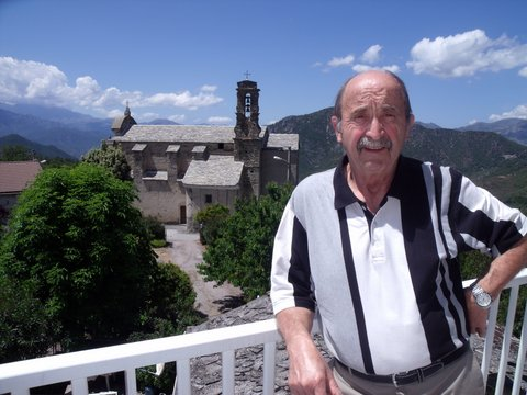Nonce, propriétaire d'un gîte en Haute-Corse