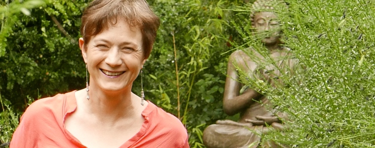 Anne, propriétaire d'un gîte de groupe dans la Mayenne