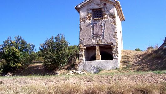 Belles ruines de Châteauneuf-Val-St-Donnat
