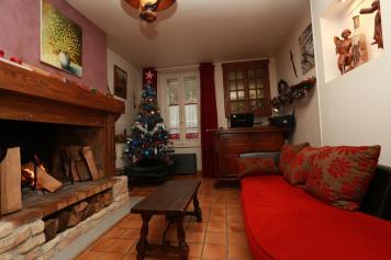 Le salon, décoré pour Noël