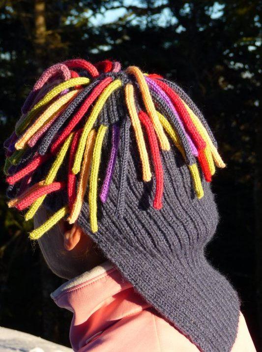 Un bonnet farfelu tricoté par Sophie