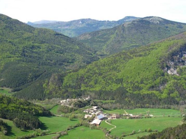 Le village de Montbrand