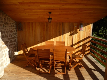 La terrasse et le coin repas