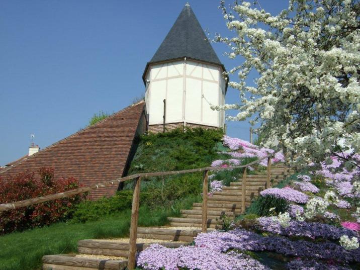 L'escalier menant vers la chapelle des Soeurs