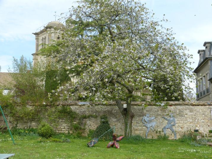 Vous trouverez dans le jardin quelques sculptures de Pascal