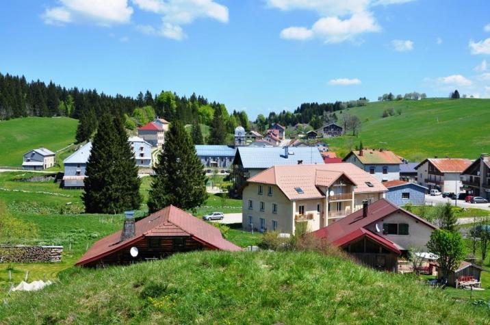 Calme et plénitude dans ce village du Haut Jura