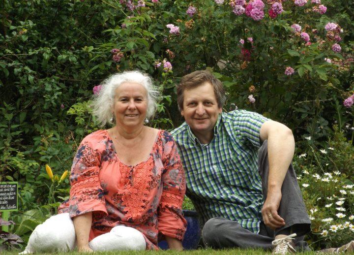 Sylvie et Frédéric, propriétaires d'une maison d'hôtes et de gîtes dans l'Orne