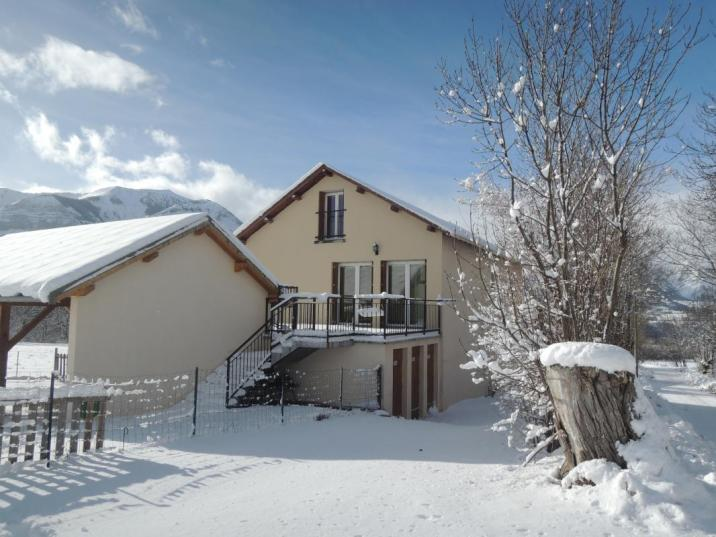 En hiver, les stations de ski sont à proximité des gîtes